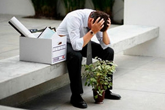 6 Ways To Support A Loved One Who Has Been Laid Off Or Fired: YourDost.com